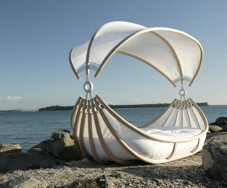canopy bed that floats on water: Old Boats, Outdoor Beds, Boats Beds, Hot Air Balloon, Dreams Beds, Canopies Beds, Beds Design, Gardens Benches, Sailing Boats