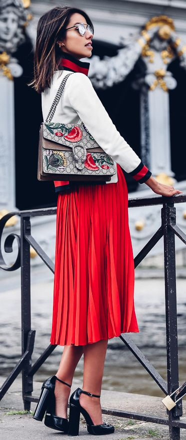 annabelle fluer   viva luxury fashion blog   red pleated skirt   gucci bag