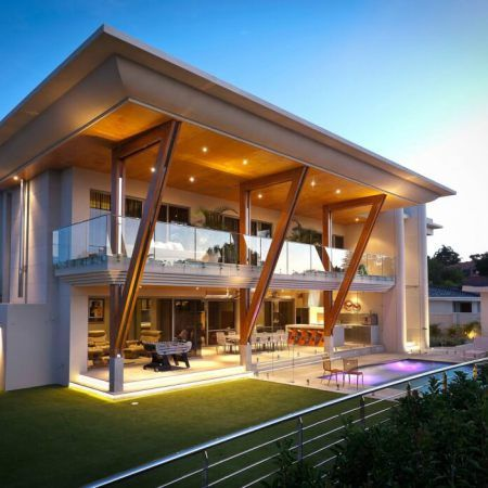 Distinct Cantilever Balcony And Roof Overhangs Reduce