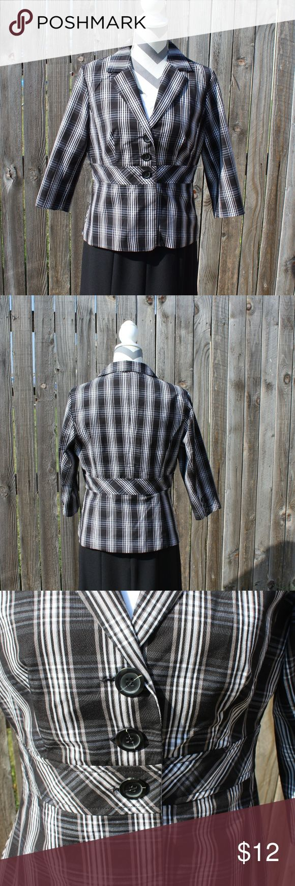$ 4/20 Black & White 3/4 sleeves Med Cato Blazer SALE! Bundle this item with any 3 other items marked with an $ and only offer $20.  Black and white 3/4 sleeve blazer with 3 button front.  Material is light weight and has some stretch to it. Looks great with a pair of slacks or jeans. In fantastic condition.  Measurements: Length: 24 1/2 inches Pit to pit: 21 inches Waist: 16 1/2 inches Sleeve: 17 1/4 inches Cato Jackets & Coats Blazers