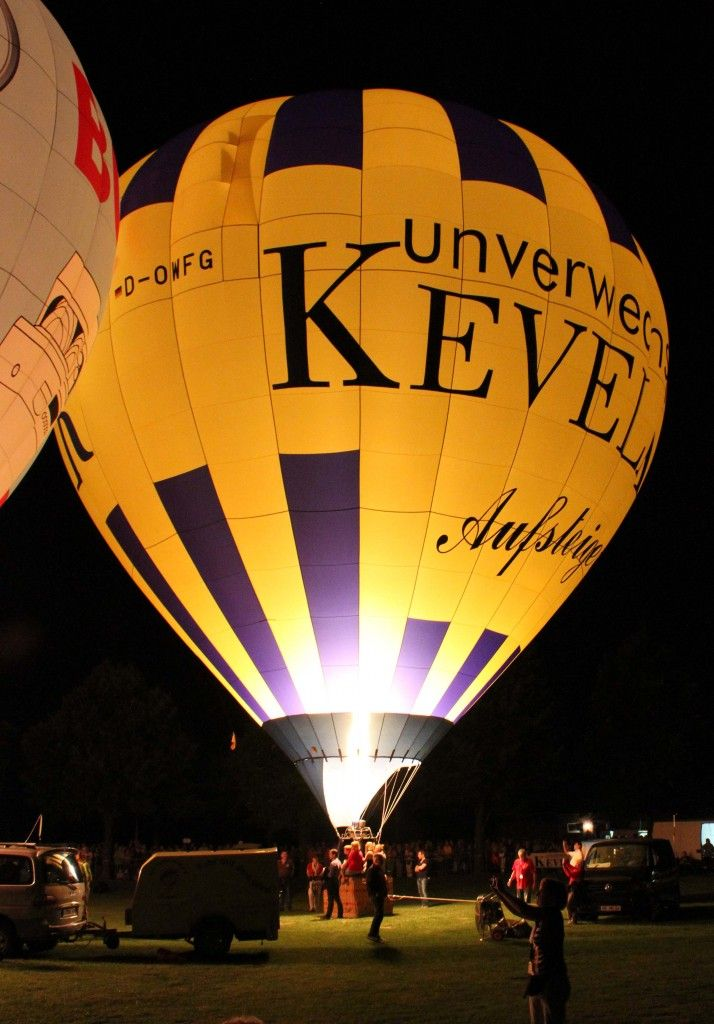 The 25+ best Ballon festival ideas on Pinterest Helium balloons