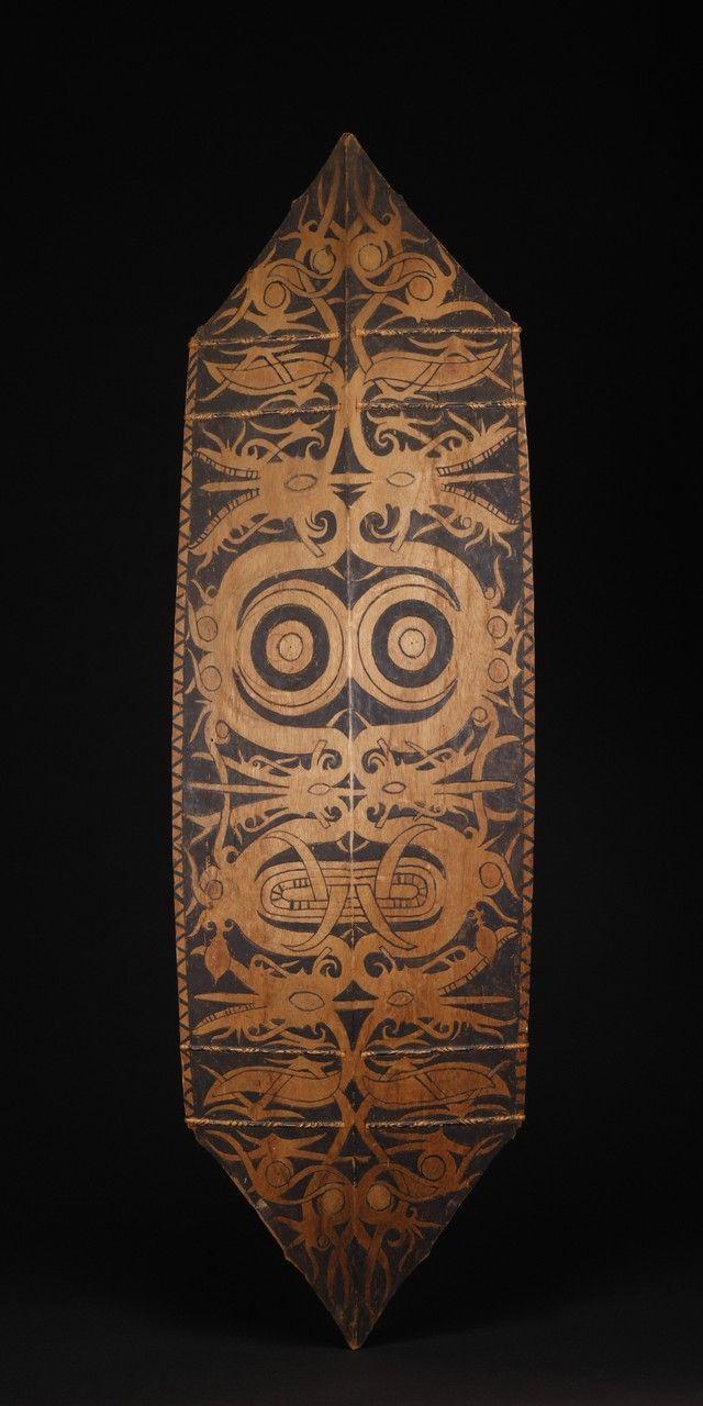 INDO585: Dayak Painted Shield from tribal art dealer Erik Farrow