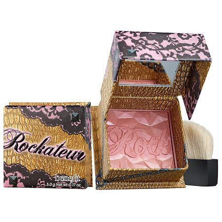 My go to blush for all day wear! I love the rosy glow it adds to my face - Benefit Rockateur Blush