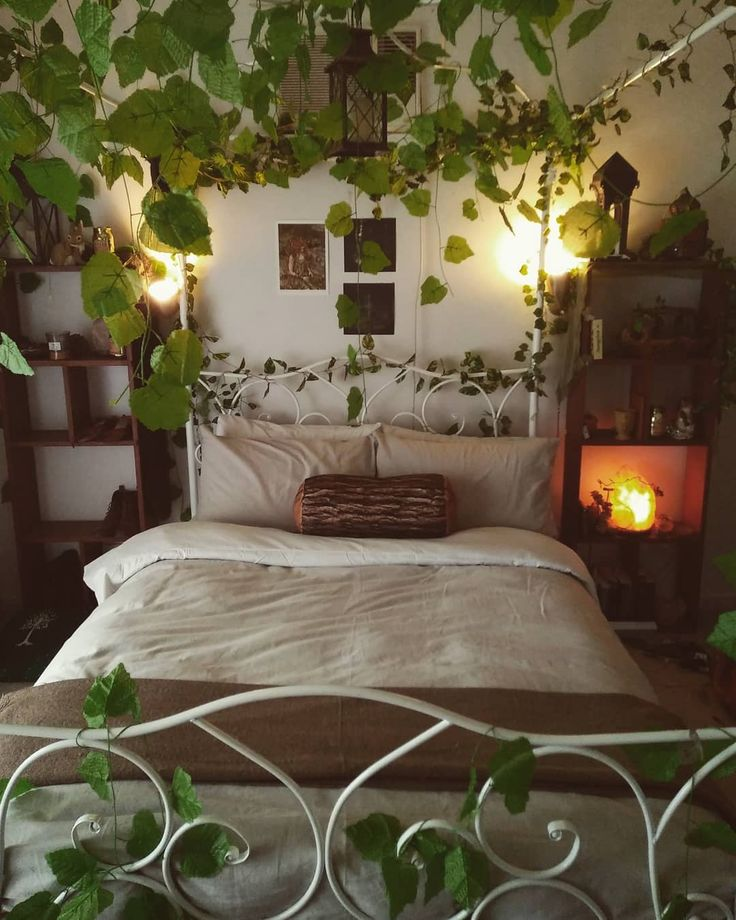 sleeping room ♥   Aesthetic rooms, Aesthetic bedroom, Room ...