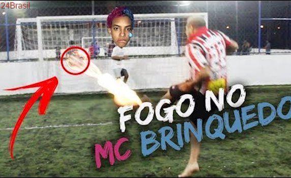 FUTEBOL COM FOGO COM MC BRINQUEDO