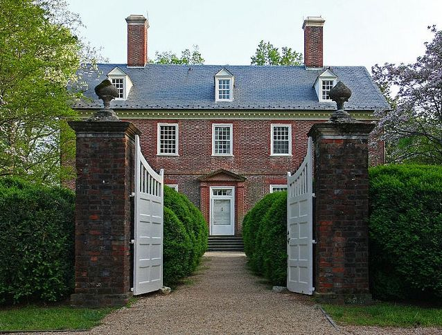 Berkeley Plantation, James River, Virginia, 1726...  From...  http://www.esperdy.net/?p=1495