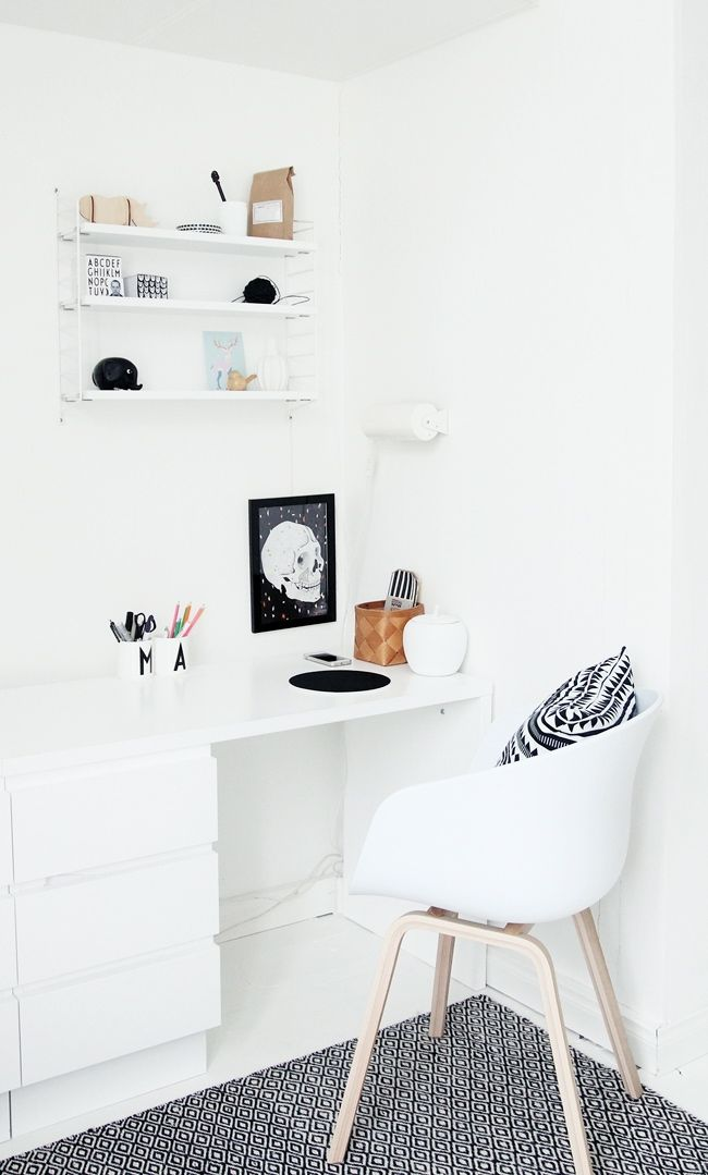 Via NordicDays.nl | My Second Hand Life | Home Office | White