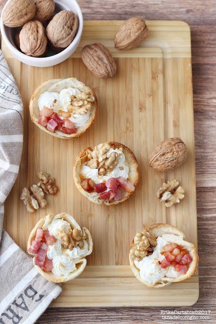 Cestini di piadina ripieni di crema ai formaggi con noci e speck