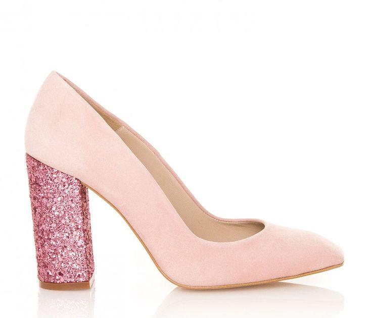 Modelo Cala del diseñador Hannibal Laguna en un encantador color rosa pastel. #glitter #party #fiestas #zapatos #moda