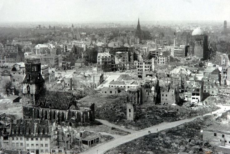Hanover after allied bombing ww2 ugliness of war pinterest for Cities destroyed in ww2