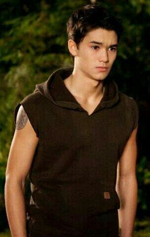Seth Clearwater | The Twilight Saga's Breaking Dawn Part 1 ... Twilight Wolf Pack Seth