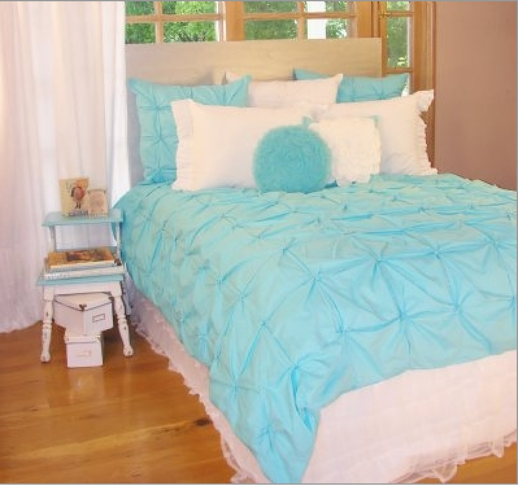 Girls teen bedding in blue and white turquoise kids room Blue teenage bedroom