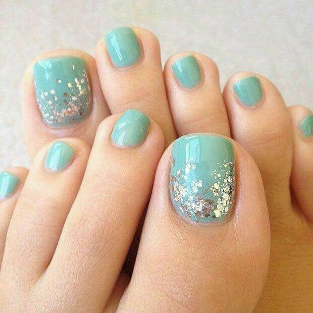 Cool Aqua And Silver Simple Summer Shade For Short Square Toe Nails