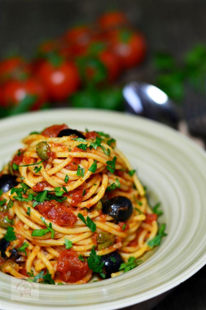 Spaghetti alla puttanesca - CAIETUL CU RETETE