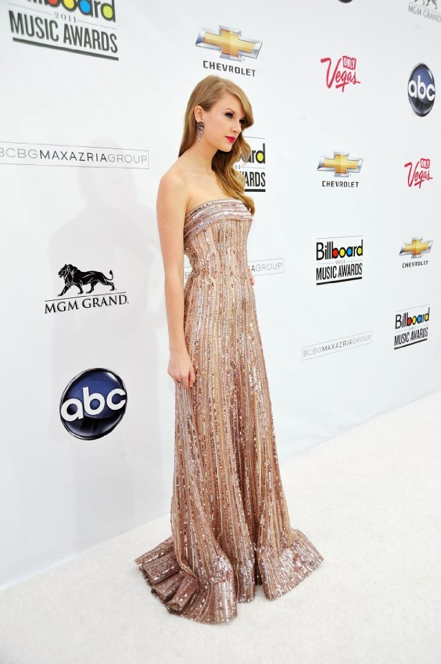 Taylor swift prom dresses pictures