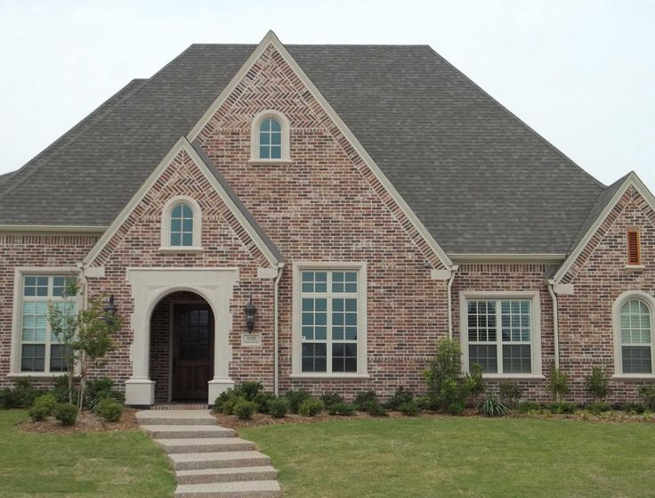 13 best brick and rock images on pinterest brick for Face brick homes