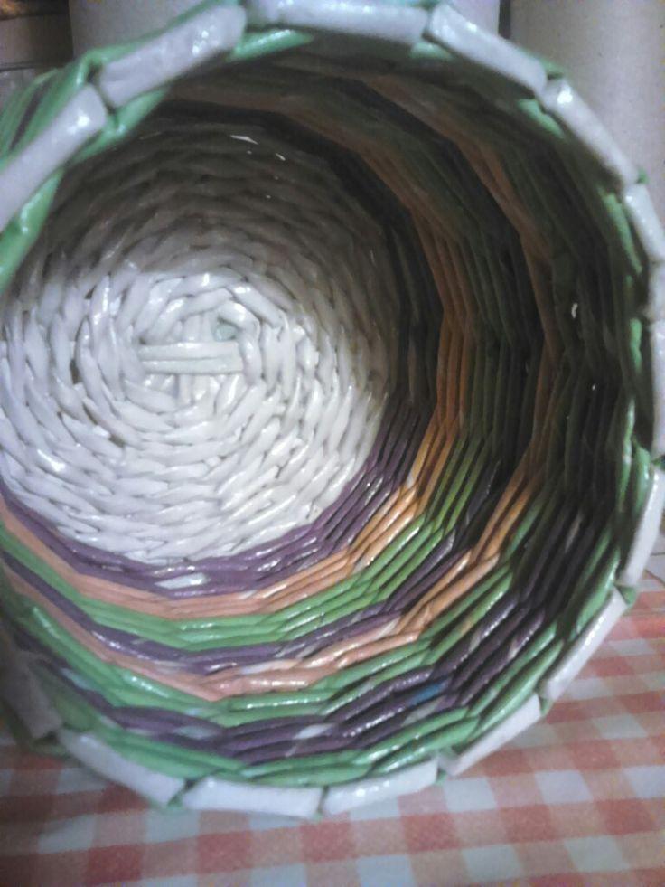 Papírfonás - kaspó