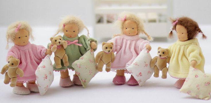 Zauberhafte Puppenwelt - handgemachte Stoffpuppen & Puppenzubehör