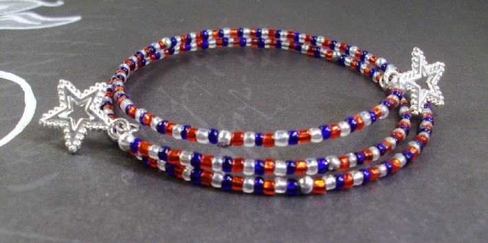 Red white and blue Shooting Star Memory Wire Bracelet July 4th by Tams Jewelry: Shooting Stars, Bracelets July, Shoots Stars, July 4Th, Jewelry Ideas, Memory Wire Bracelets, Memories Wire Bracelets, Blue Shoots, Stars Memories