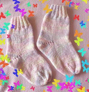 Calcetines tejidos con dos agujas