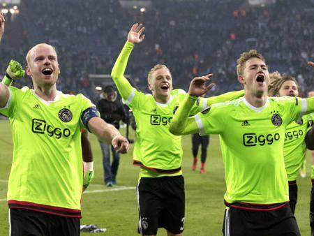 アムステルダム・アヤックス20年ぶりヨーロッパリーグ準決勝へ