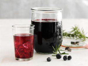 Make yummy blueberry concentrate - saft. Easy!