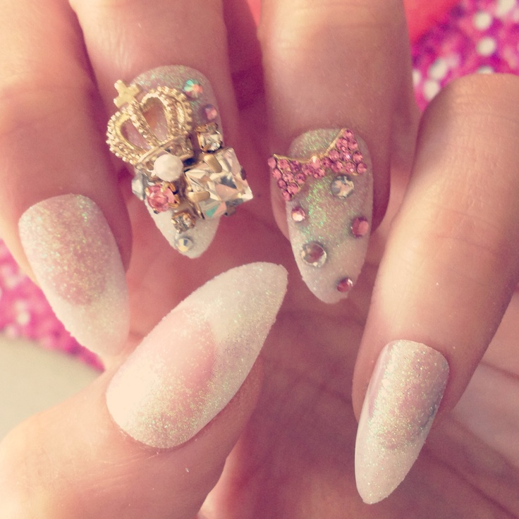 3D nails ❤ I LOVE THESE