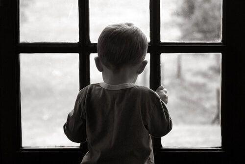 Pour surmonter une enfance malheureuse, vous pouvez ré-élaborer votre histoire. Lisez maintenant la suite de cet article, et vous découvrirez de nouvelles solutions.