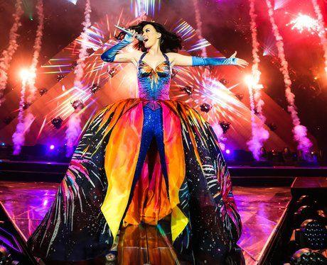 Katy Perry performs on Prismatic Tour 2014 AND IM SOOOOOOOOOOO EXCITED TO GOOO