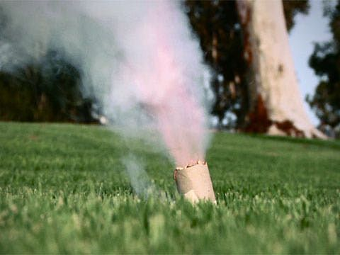 Making a smoke bomb is fun, easy and safe with sugar and potassium nitrate. This video will teach you how to make and use a smoke bomb.