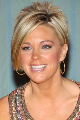 12 Best and Worst Mom Haircuts