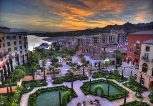 Hilton Lake Las Vegas Resort & Spa - Situé à environ 27 km du Strip de Las Vegas, le Hilton Lake Las Vegas Resort & Spa affiche une architecture d'inspiration méditerranéenne. Ce complexe de caractère dispose d'une piscine extérieure, de restaurants et de boutiques sur place. Adresse Hilton Lake Las Vegas Resort & Spa: 1610 Lake Las Vegas Parkway NV 89011 Henderson (Nevada)