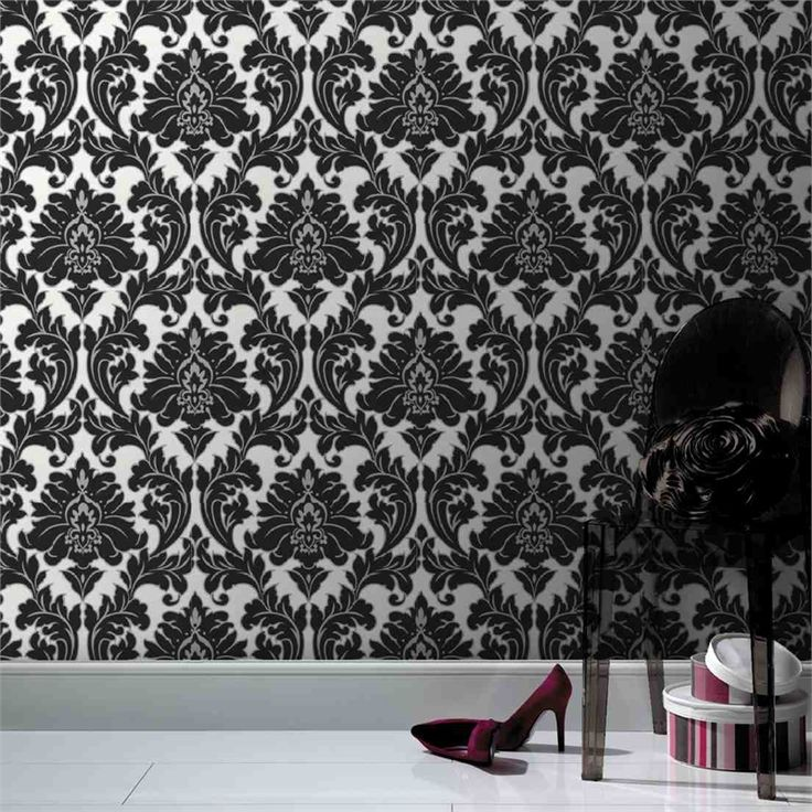 Superfresco Easy Majestic Damask Wallpaper 52cmx10m Black/White/Silver