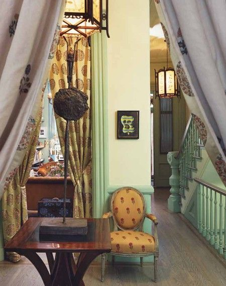 Eclectic & Colourful Hallway // from The World of Muriel Brandolini Interiors // Photographer Pieter Estersohn