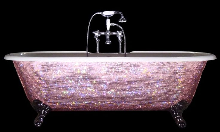 pink diamond bathtub :)