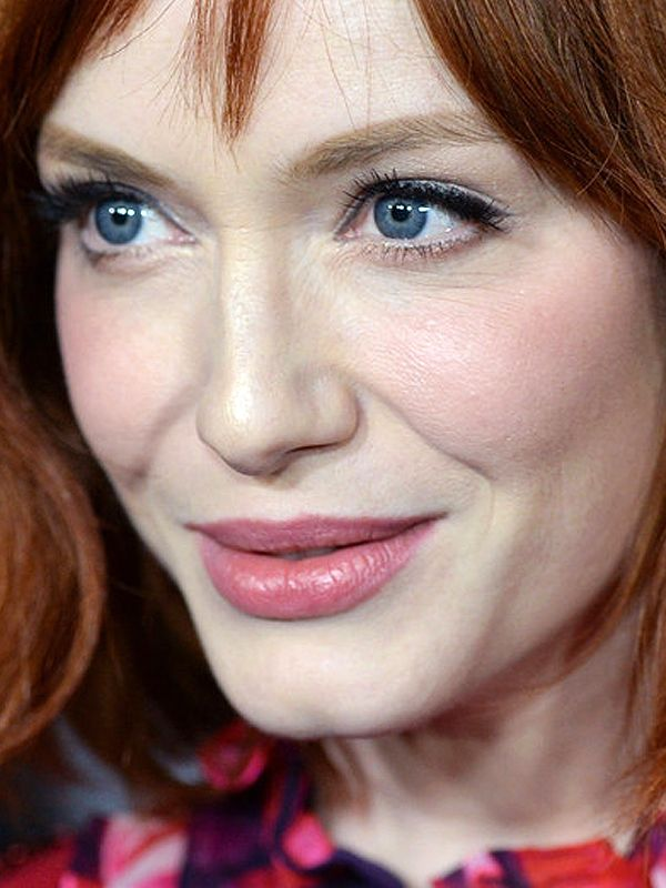 Christina Hendricks makeup Banana Republic LWren Scott launch party 2013 3a Christina Hendricks is wearing what is possibly the ultimate rosy pink lipstick, plus one of my all time favourite blushes