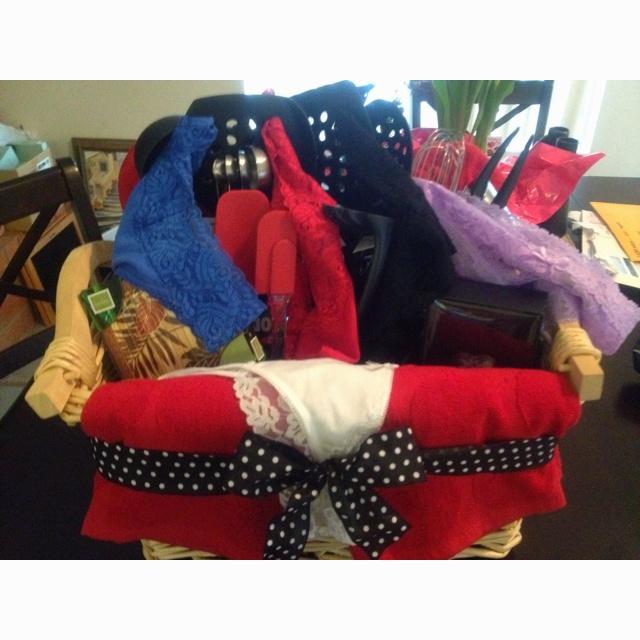 Wedding Kitchen Gift Basket : gifts bridal wedding gift gift creations gift 4 shower wedding ...