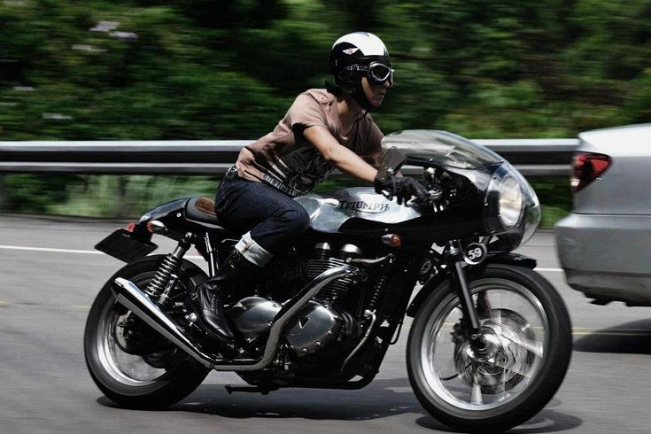 Woow!  Life on a Triumph motorcycle