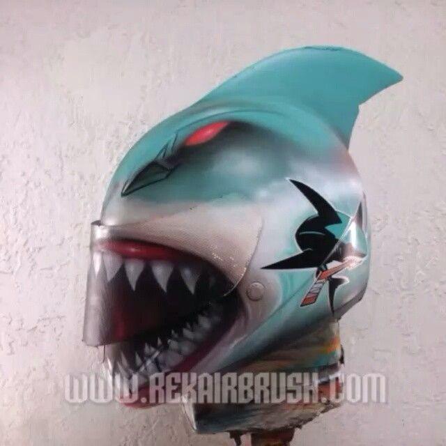 #ARRAYSOFARTS Pinterest - @houstonsoho | Rekairbrush Custom Airbrushed Motorcycle #BIKES Helmet from @bikerkarl