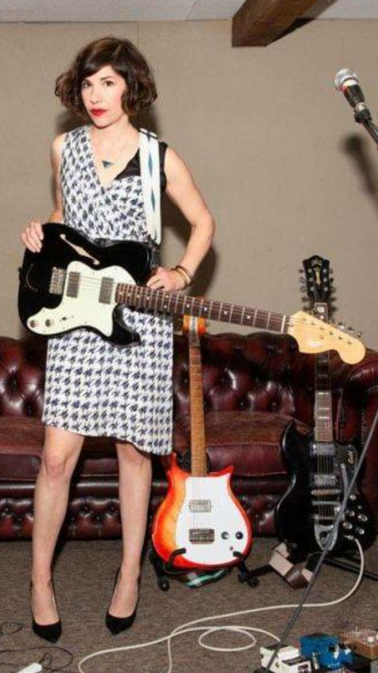 Carrie Brownstein One of my favorite people ever I love her as a musician and actress and major crush on her.