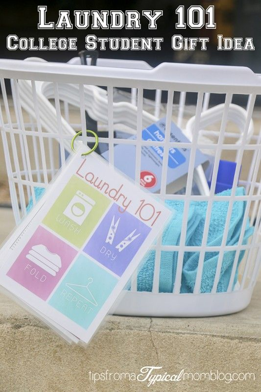 This gift idea for a graduating senior or new college student is such a great idea! Laundry 101 printable gift. Great for soon-to-be married as well.