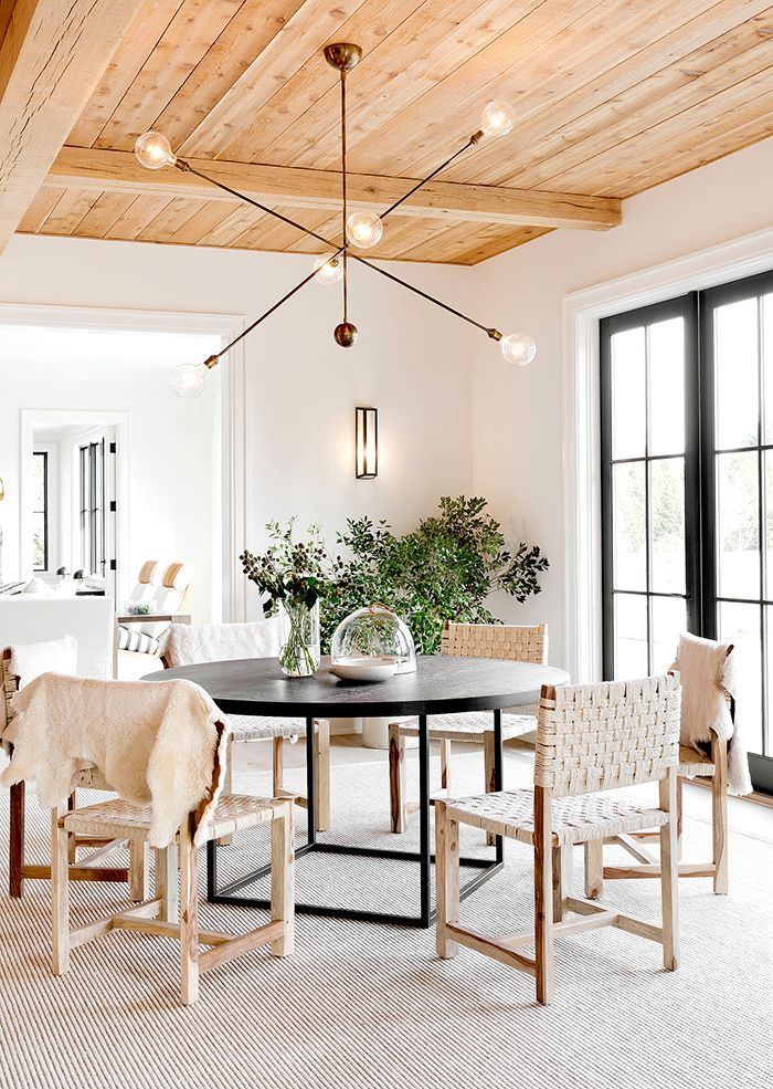 598 best d i n i n g images on pinterest dining rooms for Hamptons beach house interiors