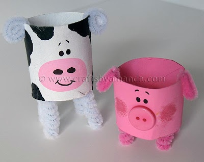 Cardboard Tube Cow: The Farm Series | Crafts by Amanda Going to make this with my Day Camp kids for our 'Old McDonald Had a Farm' week. :]