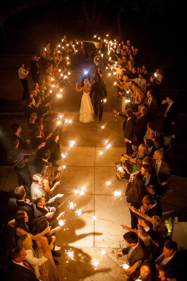 Floral, Lighting & Coordination by Disch Events. #AllanHouse #AustinWedding