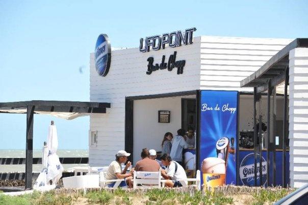En skön beach bar i Pinamar, Argentina..