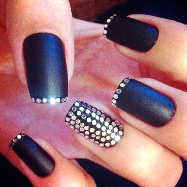 Black matte french glitter