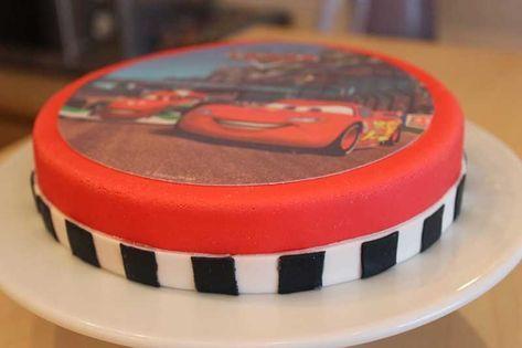 Geburtstagstorten – einfache Cars-Torte mit Aufleger