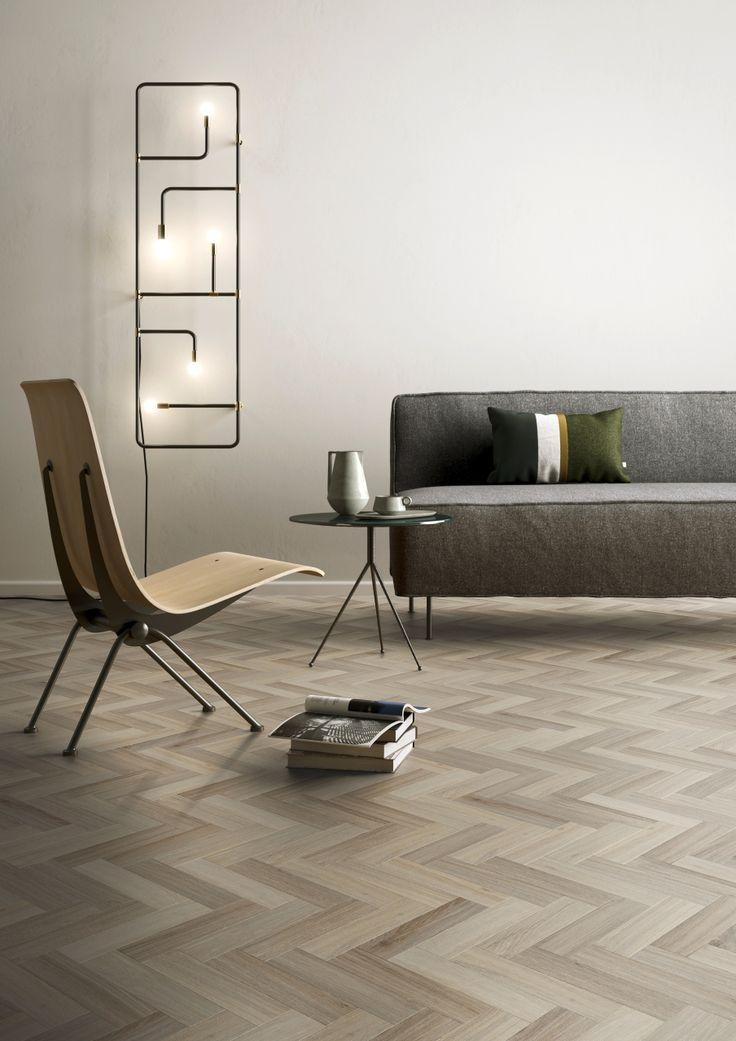Het Herringbone patroon (Visgraat) is ongetwijfeld een van de meest succesvolle vloerpatronen. Bekijk de scherpe prijzen voor de Herringbone Small - plak PVC vloer - Moduleo Moods