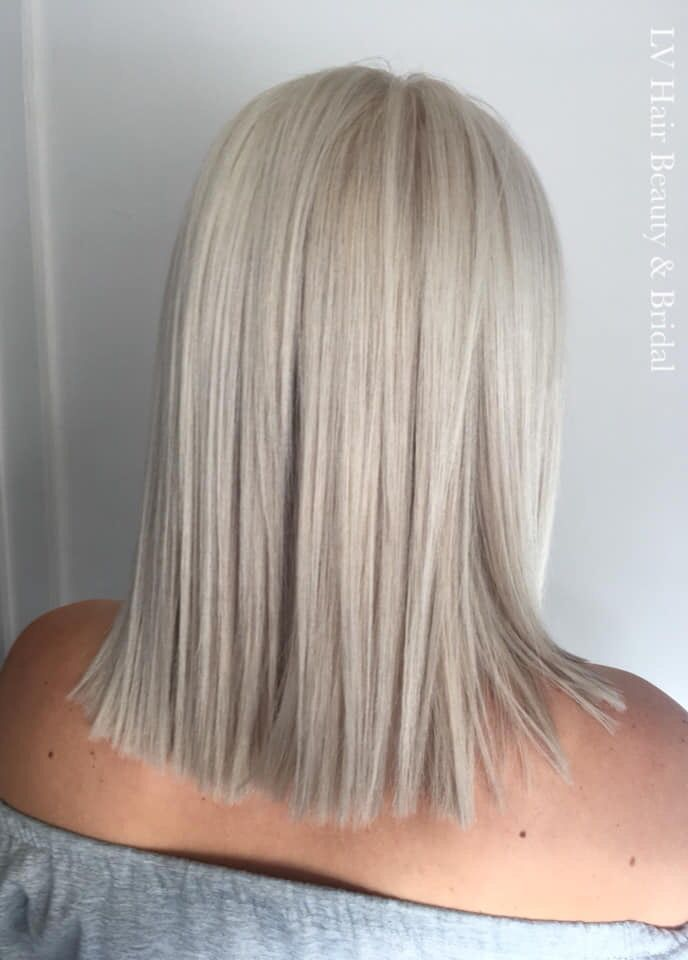 Icy White Blonde Wella Hair Colour Haarfarben Haarfarben Techniken Haarfarben Formeln