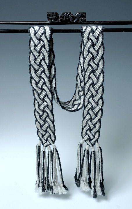 Ply-Split Scarf '4-Strand Braid' | Linda Hendrickson
